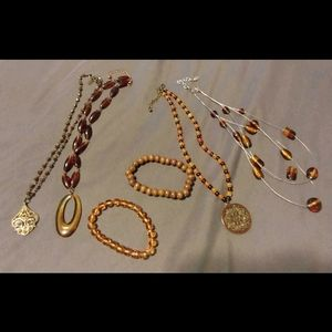 Lot of 6 pieces of Jewelry